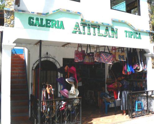 Santa Catarina Galeria Atitlan Tipica
